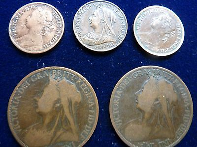 Selection of Queen Victoria Coins 2x1d, 3xFarthings