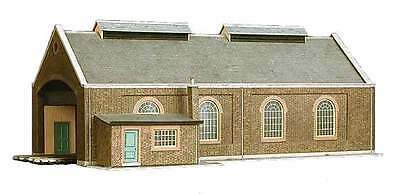 Brand New Oo/ho Scale/gauge Superquick Two Road Locomotive Shed Sq A5