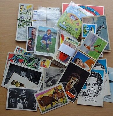 Cigarette and Trade Card Mixture - 500 +