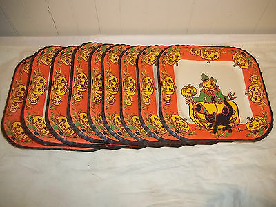 C Vintage Group of 8 Halloween Square Paper Party Plates Unused NICE
