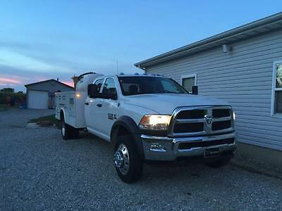 2016 Ram 5500 wt Ram 5500 Cab and Chassis with Knapheide Service/Utility Body-- Like New--