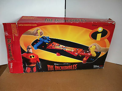 Rare Disney Store Exclusive The Incredibles Battle Shooting Game : Pixar