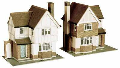 Brand New Oo/ho Scale/gauge Superquick Two Detached Houses Sq B23