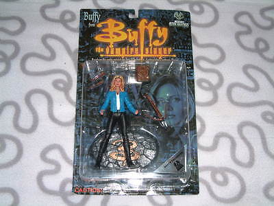 1999 Moore Action Buffy Summers with blue Jacket Action Figure