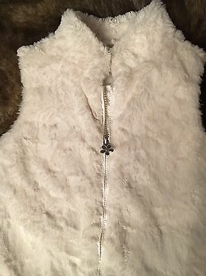 Marks & Spencer's Autograph Girls Cream Faux Fur Gilet Age 5 - 6 Good Condition