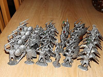 1/32 scale Timpo Plastic Knights  x 44 Knights
