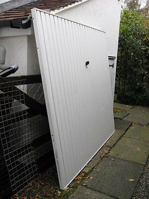 Superb: White Garage Door - with all fittings - ready to take away