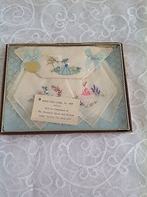 Vintage Ladies   Embroidered Handkerchiefs.. Boxed . 1960