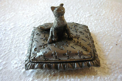 Vintage Collectable Metzke Pewter Kitty Cat Figurine Trinket Box Signed USA
