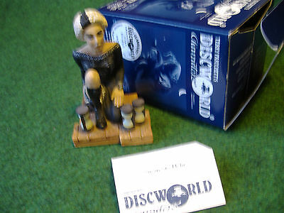 ***clarecraft Discworld Dw77 Susan Sto Helit*** Excelent Condition ***box & Card