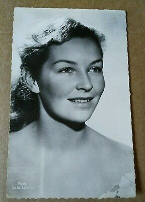 Carte postale actrice : Odile Versois