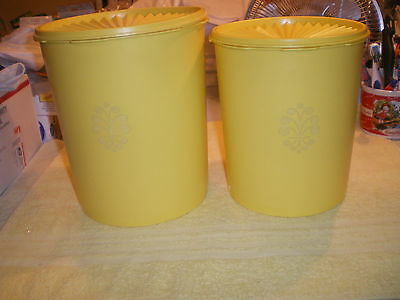 2 Tupperware Servalier Nesting Canisters Yellow Vintage FR/SHP