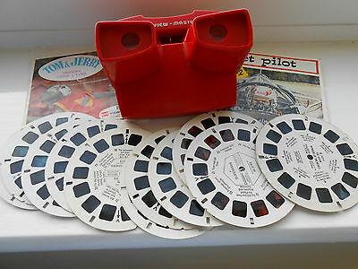 3D Viewmaster with  cards Tom & Jerry, jet pilot,road runner,superman, extras