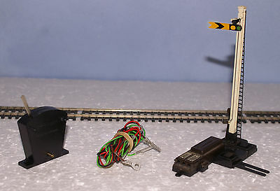 Hornby OO R086 Distant Semaphore Signal elect motor + Base,Switch, wiring tested