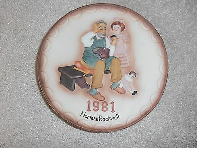 "1981 NORMAN ROCKWELL FIRST ANNUAL COLLECTOR PLATE ""THE SHOEMAKER"" 8"" Diameter"