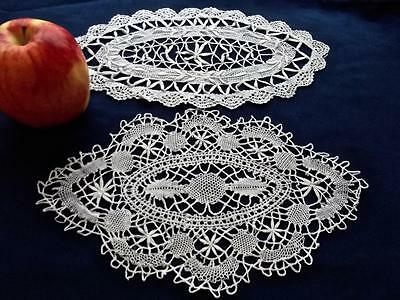 "2 Antique Hand Bobbin Cluny Lace 5x10"" Oval Christmas Doilies Snow White Cotton"