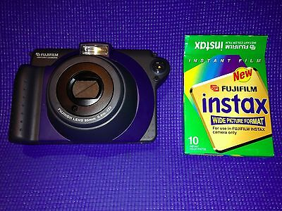 Fujifilm Instax 100 instant camera - Hardly used, with unopened vintage film.