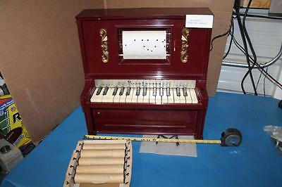 Vintage 1950's J. Chein Player Piano Lodeon Toy 6 Song Rolls Works Great SANTA