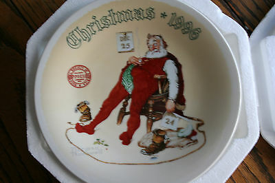 "Norman Rockwell ""And To All A Good Night "" Santa 1996 Christmas Collector Plate"
