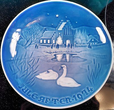 1974 Jule After Bing & Grondahl Christmas Plate Swans on the Lake