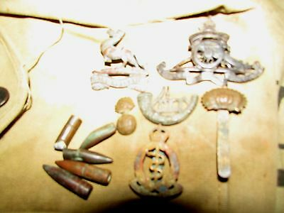 WW1 Somme Relic Group  Ulster Tower British  Badges