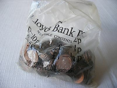 £1 Lloyds Bank Bag Of Halfpenny Halfpennies All Circulated Elizabeth Ii