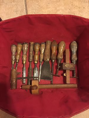SELECTION Of Old Vintage Chisels & Woodworking TOOLS
