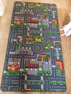 Large Colourful Kid's City Play Mat/ Rug 190cmsx100cms, Excellent Condition