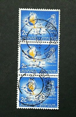 South Africa stamp 1961 pouring gold 2c used