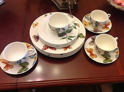 Butterfly Queens China 15 Pieces Set