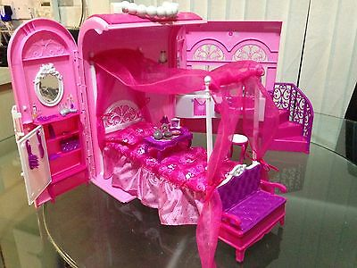 Barbie House In Bag Travel House Pink Bed And Bath Set