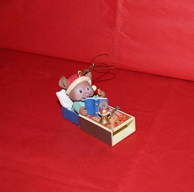 1992 Lustre Fame Ltd.  Trim A Home  Ornament  Mouse In Match Box Bed