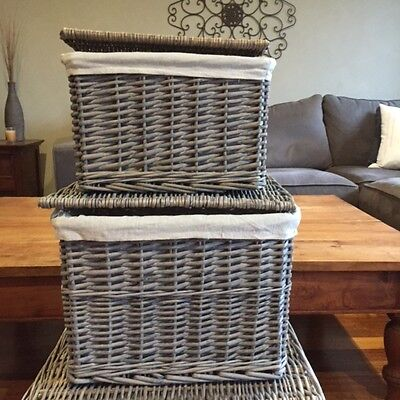 Set of 2 Cane/wicker baskets (2 only)