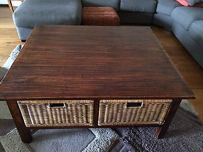 Coffee Table with 4 Wicker Draws