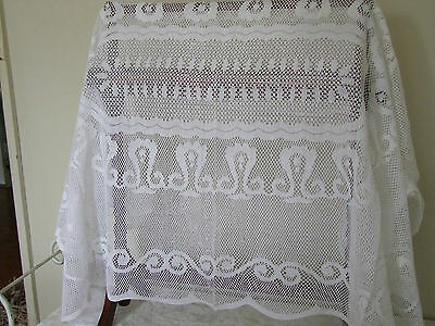 Vintage White lace table cloth    122 x 182 unused condition