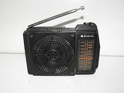Vintage Sanyo AM-FM Transistor Radio Model RP-5130 Works Well