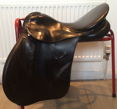 "18"" Size 2 Kieffer Garmisch Black Medium Fit GP Saddle"