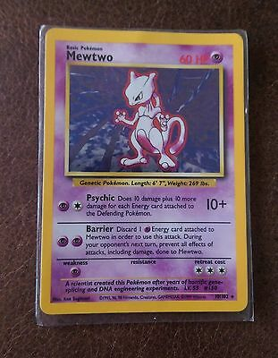 Holographic Mewtwo First Edition Pokemon Trading Card (Base Set 10/102)