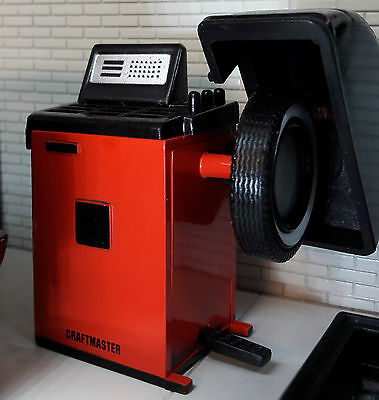 G LGB 1:24 Scale Tyre Fitting Repair Garage Balancing Machine Diorama Accessory