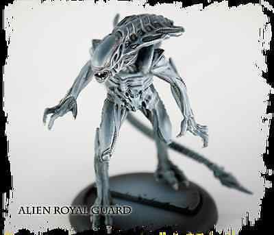 New AVP The Hunt Begins Alien Royal Guard Miniatures