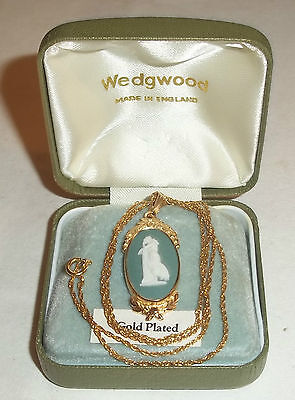 Vintage Green Wedgwood Gold plated Necklace with Pendant with Box