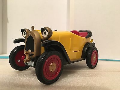 Brum The Wibbly Wobbly Car Golden Bear Products 2004