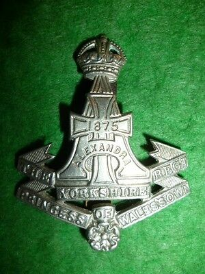 The Green Howards (Yorkshire Regiment) WW2 KC Cap Badge
