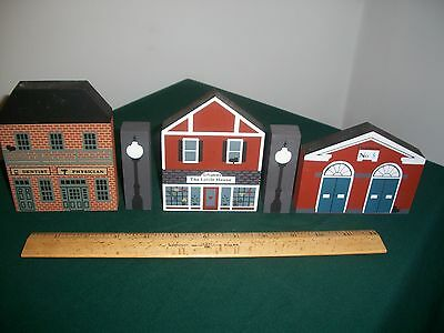 Lot of 5 Cat's Meow Village pieces – Firehouse #5, Dentist / Physician, Giftable