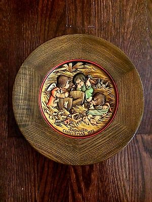 Vintage ANRI Italian 1972 Hand Carved Wooden Framed Christmas Plate Wall Decor