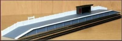 Brand New Oo/ho Scale/gauge Knightwing Shelter & Platform
