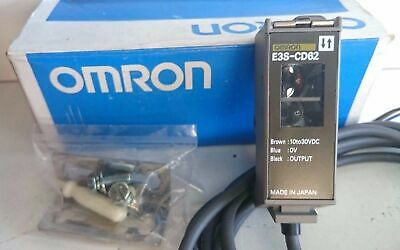 OMRON E3S-CD62 2M Photoelectric Diffuse Sensor Long range 10-30VDC Made in Japan