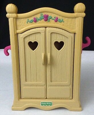 1998 Fisher Price Briarberry Bear Wardrobe Armoire Closet Cabinet Doll House