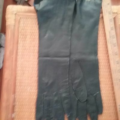 Vintage Mid Century Soft Kid Leather GLOVES BLACK from Italy Gorgeous!