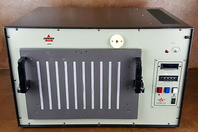 Delta Design Environmental Test Chamber * Laboratory Oven * 3900CN * Tested